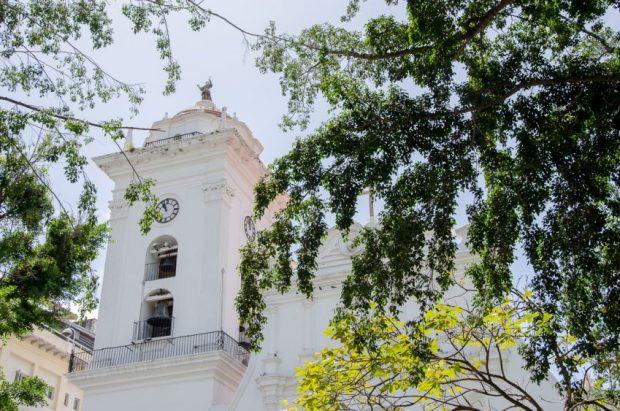 Torre de la Catedral Metropolitana de Caracas. Fotografía Luis Chacín, 2018.