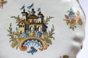 Salvilla, Real Fábrica de Alcora, Colección de Cerámica Española, Museo de arte Colonial Quinta de Anauco, Caracas. Fotografía Rosangela Langerano.