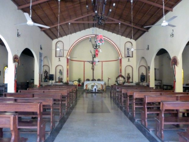 Las tres naves de la iglesia Nuestra Señora de Los Ángeles. Bruzual, Apure. Foto Marinela Araque, enero de 2019.