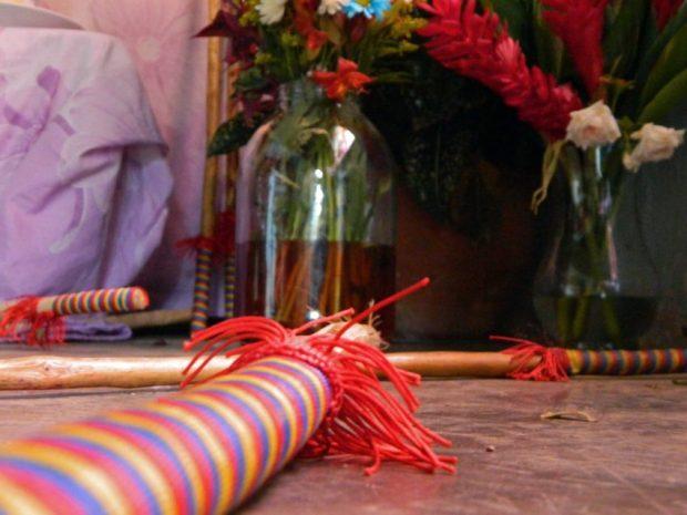 Garrote encabuyado en altar de San Antonio de Padua en Araure, Portuguesa. Foto Wilfredo Bolívar. Tamunangue o sones de negro entre Lara y Portuguesa. Patrimonio cultural de Venezuela.