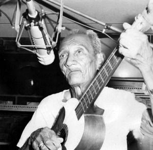 Pío Alvarado, creador del golpe curarigüeño, variante del golpe tocuyano. Es considerado el mayor golpero del estado Lara. Tamunangue o sones de negro entre Lara y Portuguesa. Patrimonio cultural de Venezuela.