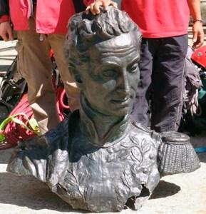 Monumento a El Libertador en el pico Bolívar de Mérida. Patrimonio cultural venezolano. Busto del Libertador al momento de su descenso del Pico Bolívar de Mérida, en el 2009. Foto ORI-Mérida.