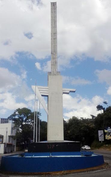 El Obelisco de los Italianos, San Cristóbal, estado Táchira. Foto Santiago X. Sánchez, 2018.