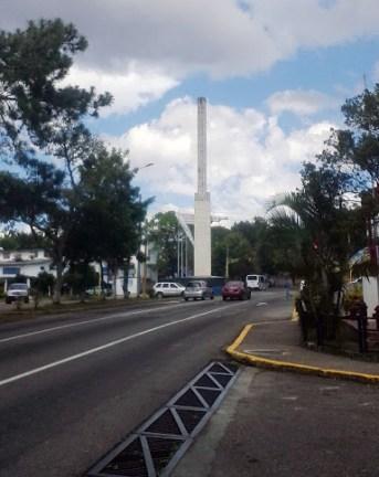 El Obelisco de los Italianos, San Cristóbal. Foto Santiago X. Sánchez, 2018.