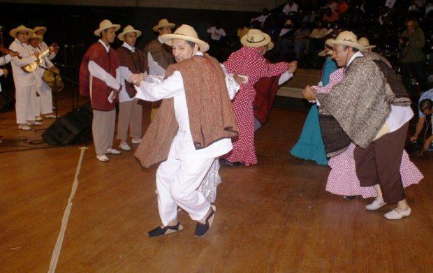 Joropo andino, merideño o caracoleado. Foto en el blog Tradiciones Mérida.