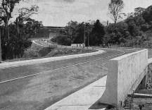 Enlace vial Germán Briceño Ferrigni cuando se inauguró. Mérida, Venezuela. Foto Frontera, 21-7-2000. Dig. Samuel Hurtado C.