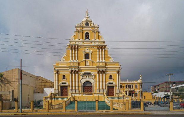 Iglesia Nuestra Señora de la Medalla Milagrosa, Maracaibo, Zulia.