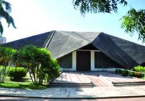 Iglesia San Vicente de Paúl, en Maracaibo - Zulia. Foto IPC, c. 2007