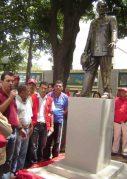 El alcalde Abundio Sánchez en el acto donde oficializa su permanencia en la plaza Luis Razetti, 2012. Foto Samuel Hurtado.