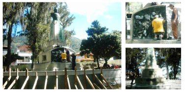 Proceso de restauración del monumento a Páez, enero de 2004. Foto: Juan D. García Panqueva.