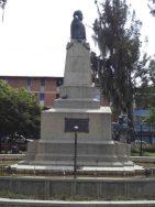 Vista del lateral izquierdo del monumento a Páez. Foto Samuel Hurtado Camargo
