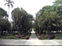 Avenida central del costado suroeste de la plaza Bolívar de Mérida. Patrimonio histórico de Venezuela.