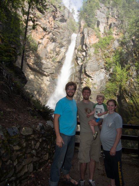 All of us posing in from of Copper Creek Falls before rushing away from the cold mist fall on us :)