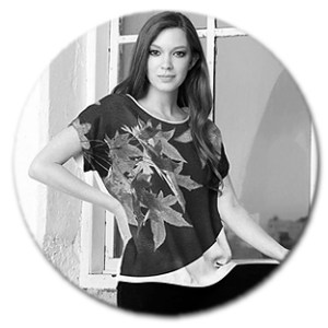 Modern Tee Womens Fashion - Ian Anderson Fine Art