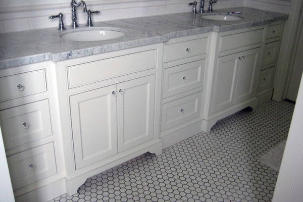 32 Vanity Cabinet