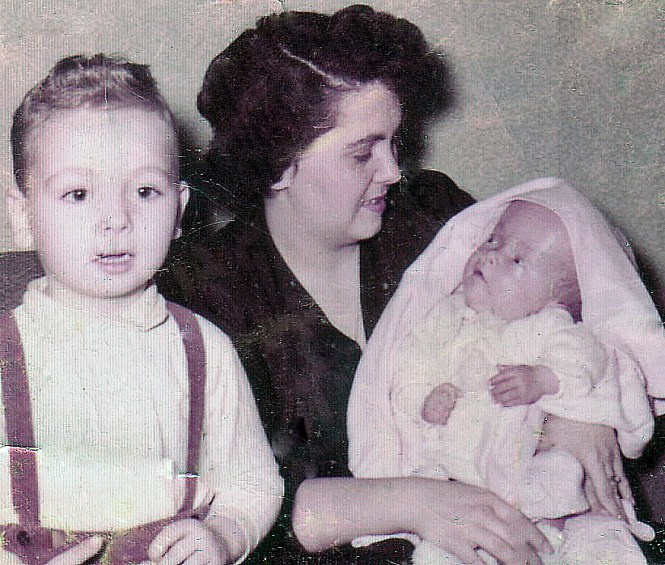 HADDEN Ian-Mom-Stephen 1957