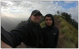 Ian & Lenny at Sunrise point near the Kolukkumalai estate.