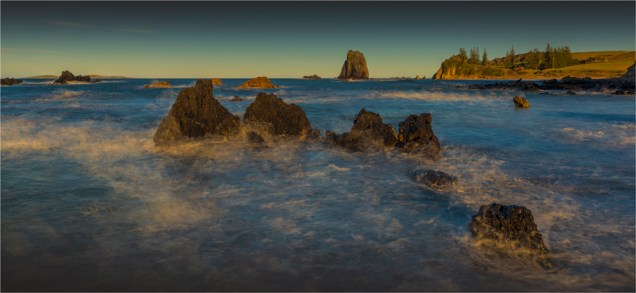 Glasshouse-Rocks-Narooma-2016-NSW300-12x26