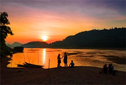 luang-prabang-sunset-2016-laos-445-17x25
