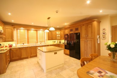 Fitted wooden kitchen
