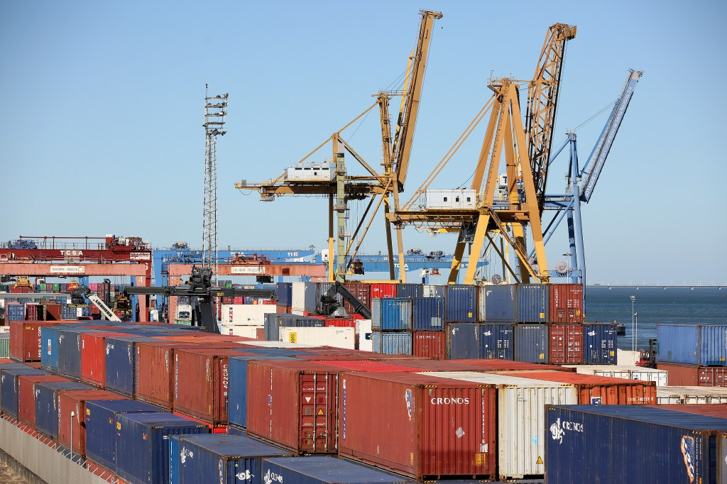 LISBON, Aug. 15, 2019 (Xinhua) -- Photo taken on Aug. 14, 2019 shows the Santa Apolonia Container Terminal in Lisbon, Portugal. The Portuguese GDP grew by 1.8 percent in the second quarter of 2019, according to official data published by the National Statistics Institute (INE) on Wednesday. The INE said that the Portuguese economy kept at the same growth rate recorded in the first quarter of this year, lower than the government-projected 1.9 percent. (Photo by Pedro Fiuza/Xinhua/IANS)