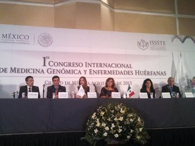 En el presidium de la clausura del 1er Congreso Internacional del ISSSTE sobre Medicina Genómica y Enfrmedades Huérfanas