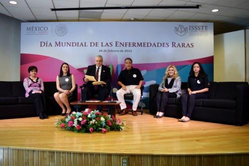 Inauguración de semana DiMER DíaEERR, ISSSTE Buenavista, panel, 23 febrero 2015