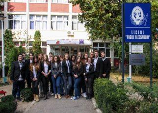Construim orașul în curtea școlii – Târg Antreprenorial la Iași
