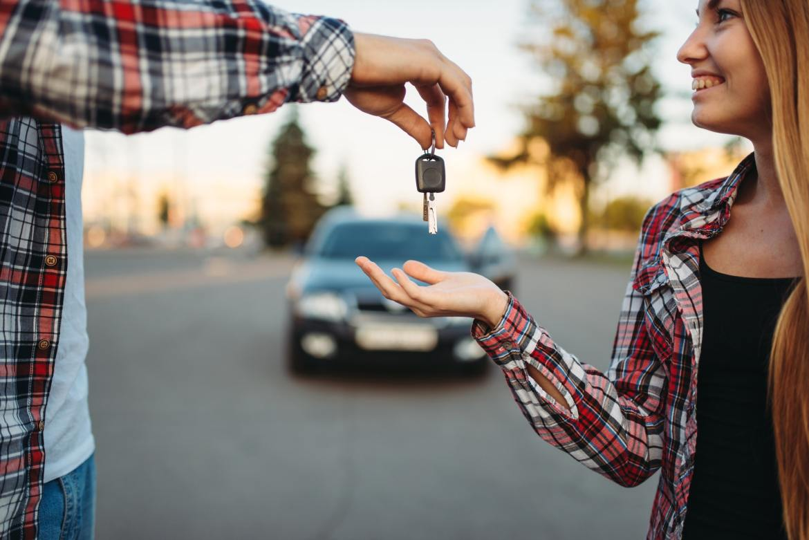 Student drivers need the 5 best car insurance for students.