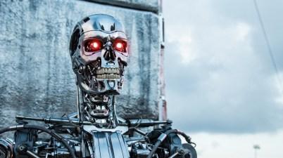terminator-genisys-movies-robot-système d'armes autonome