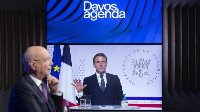 Klaus Schwab , Emmanuel Macron