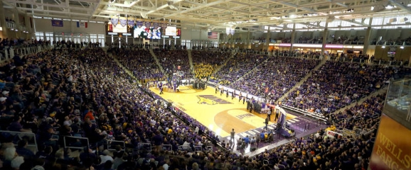 Panthers Welcome Sooners To McLeod Center