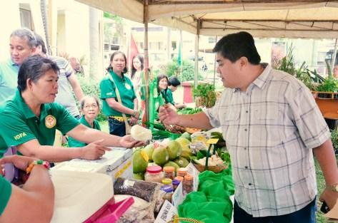 ibaan municipal agriculture office organic products mayor danny toreja ethel joy caiga salazar 3