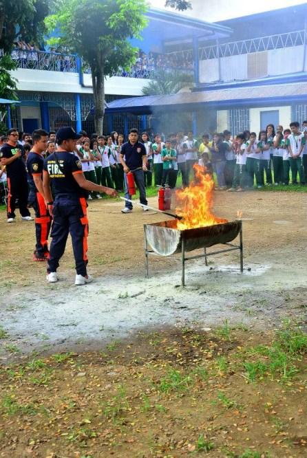 ibaan batangas saint james academy the big one earthquake drill mayor danny toreja iba ang ibaan 22