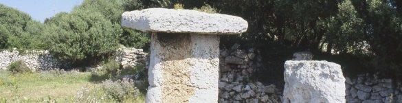 Taula de Torrellafuda a Ciutadella de Menorca