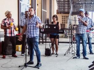 Performers at Antiguo Almacén de la Madera y el Tabaco