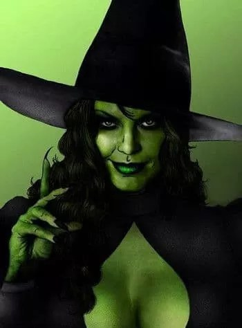 Green wicked witch makeup