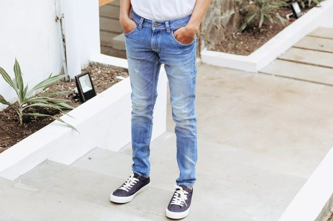 How to taper jeans main