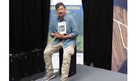 """Carlos Bardem quiere adaptar a serie su nueva novela """"Mongo blanco"""""""