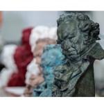 """Goya: Salma Hayek, Benicio del Toro y Ricardo Darín participarán """"online"""""""