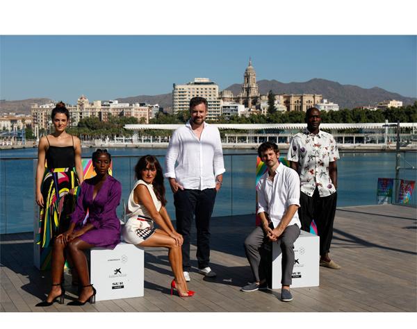 """Esteban Crespo regresa a Málaga con """"Black beach"""""""