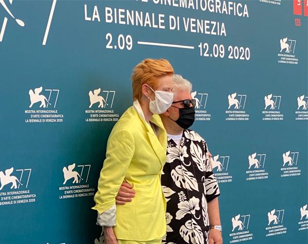 Almodóvar estrena en Venecia cortometraje en inglés