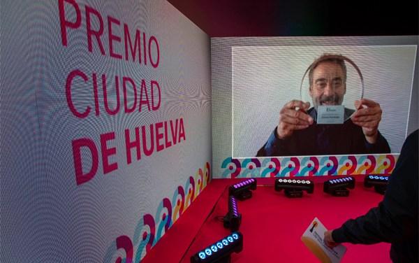 Actor español Eduard Fernández recibe Premio Ciudad de Huelva