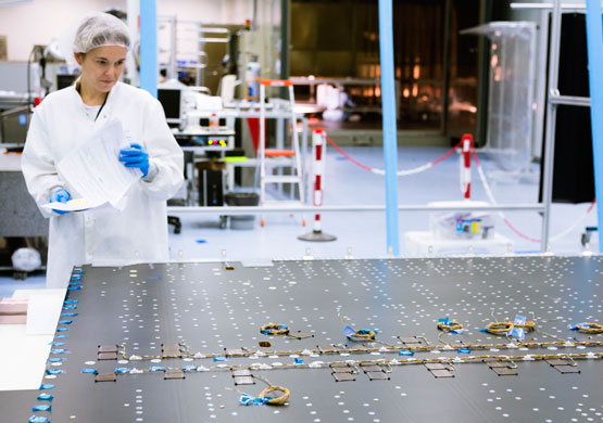 Image of one of the process of manufacture of a Thermo Structural Panel for spacecrafts