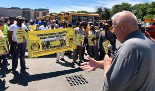 bus drivers rally 4
