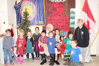 IMG_0639 Santa and the IBEW kids Kamloops