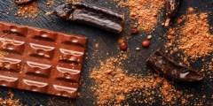 فوائد وأضرار الخروب ولماذا يعد بديلًا للشيكولاتة؟