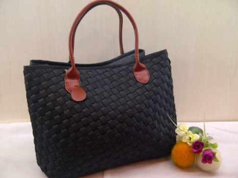 Sale Maribel semi ori bahan polyester gagang kulit asli 35x28x19 black 300rb