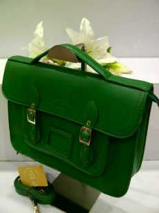 WX0 Cambridge Satchel 1211 Green SemSup 30x9x22