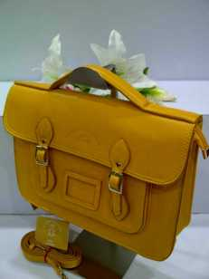 WX0 Cambridge Satchel 1211 Yellow SemSup 30x9x22